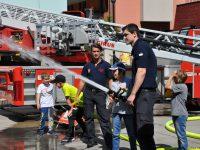 MonteLaa Nachbarschaftstag 2017 7 Feuerwehr 20170519 141402 DSC 0047